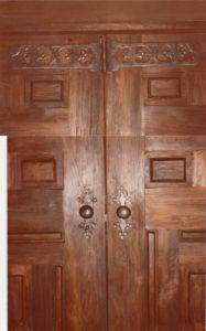 Door knobs and hinges